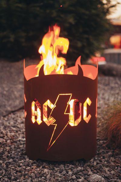 AC / DC FEUER--Körbe- Windlicht
